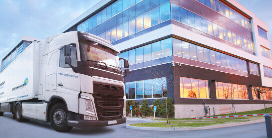 Logistik Transporter der Firma Roggendorf